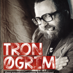Tron Øgrim i heilfigur